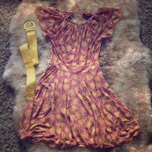 ModCloth- Amadi dress size M with belt